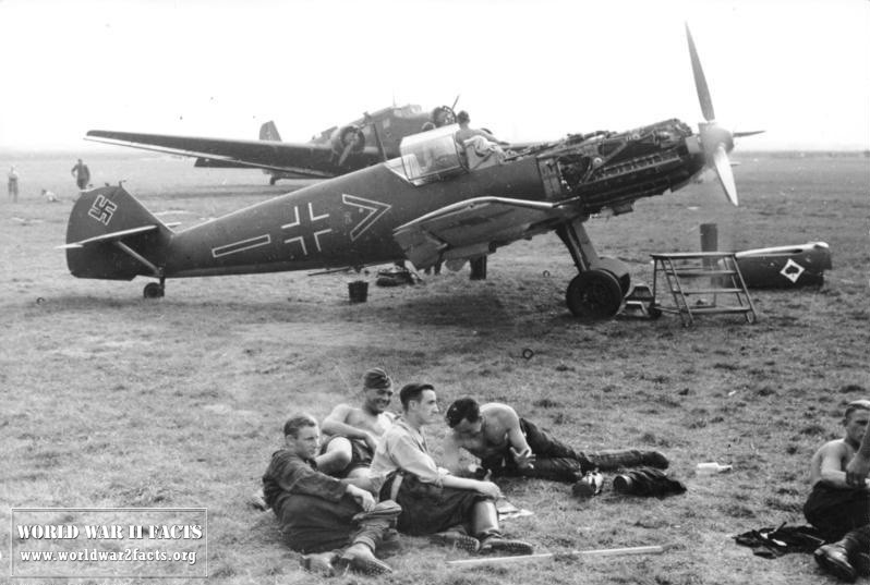 WW2 Fighter Planes & Bombers   World War 2 Facts