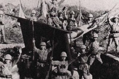 Japanese troops celebrate during the Battle of Singapore